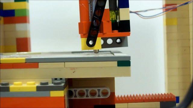 LEGObot: LEGO ile Yapılan ve Çalışan 3D Yazıcı