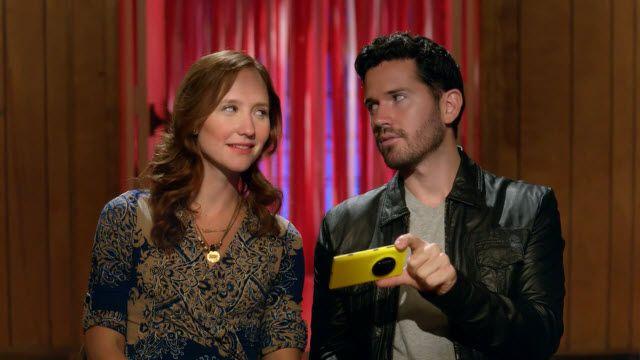 Nokia Lumia 1020 Yeni Reklam Filminde Rakipleriyle Dalga Geçiyor