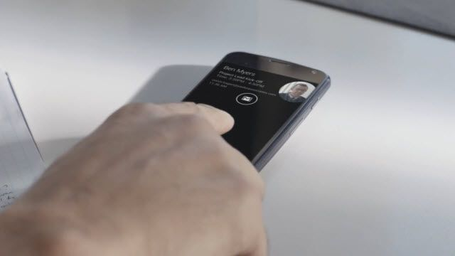 Moto X - Aktif Bildirim Ekranı Reklam Filmi