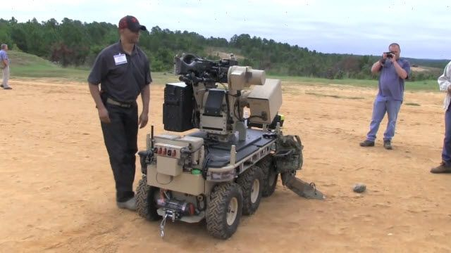 Makinalı Tüfekli Savaş Robotu M240