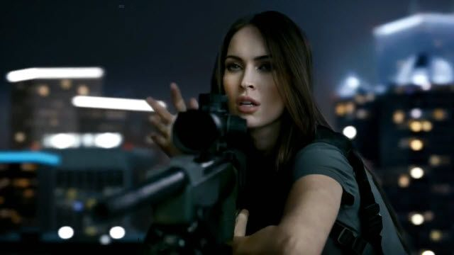Megan Fox'lu Call of Duty: Ghots Reklamı