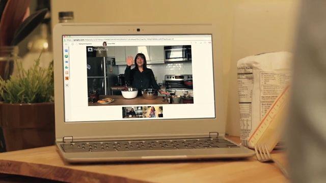 Google'ın Yeni Servisi Helpout Tanıtım Videosu