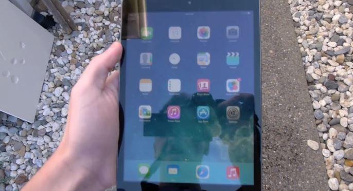 Retina Ekranlı iPad Mini Düşme Testi