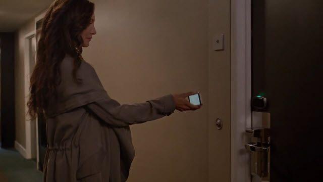 Otel Odalarının Kapılarını Böyle Açmak İster miydiniz?
