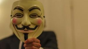 Anonymous Bir Ay Boyunca Bankalara DDoS Saldırısı Yapacağını YouTube'dan İlan Etti