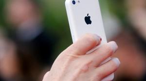 Apple Bir Milyarıncı iPhone'u Sattı