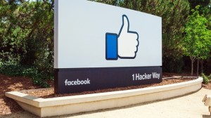 Facebook Bugün 12 Yaşına Bastı, Kullanıcıların Arkadaşlık Gününü Kutladı