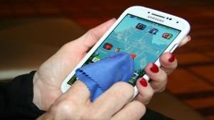 Tablet ve Cep Telefonu Temizliği Nasıl Yapılmalı?