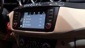 Ferrari ve Apple CarPlay