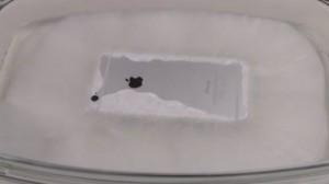iPhone 6'yı Sıcak Buza Batırırsanız Ne Olur?