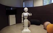 Japon Robot Pepper, Basit Oyunları Öğrenerek Oynayabiliyor