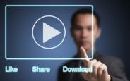 Facebook, Videoları Telefona İndirme Özelliğini Test Ediyor
