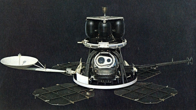Tarihte Bugün: Amerika Ay'a İlk Uzay Aracını Fırlattı