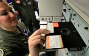 Amerika'da Nükleer Savunma Sistemleri Hala Disketlerle Kontrol Ediliyor