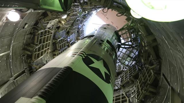 Titan 2 nükleeer füze