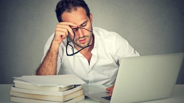İşsiz Bir Adam Aynı Anda Binlerce İş Başvurusu Yazabilen Yazılım Geliştirdi