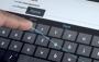 Google Klavye Tek Elle Yazı Yazmayı Kolaştıracak Yeni Özelliğine Kavuştu