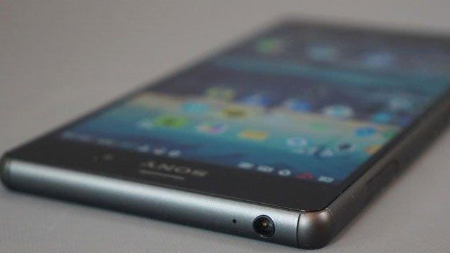 Sony'nin yeni telefonu geliyor